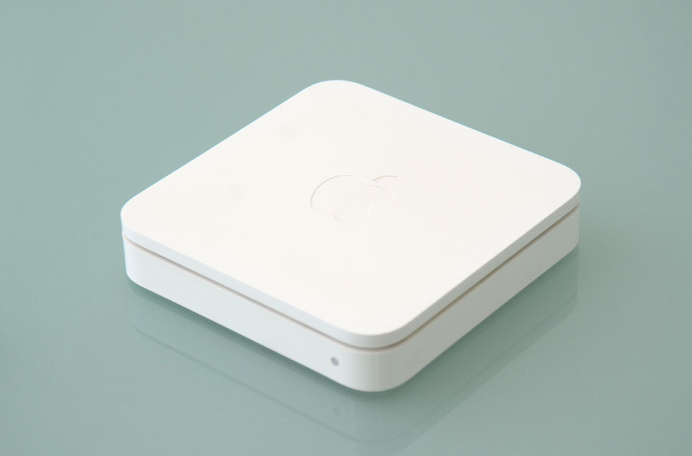 http://baus-design.jp/news/uploads/Mac%20WiFi_8950.jpg